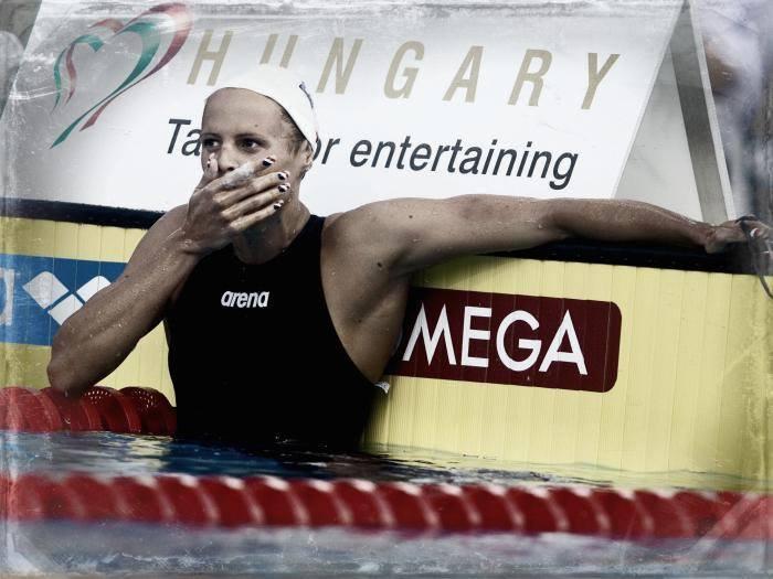 6 août 2006 Laure Manaudou bat le record du monde du 400m nage libre